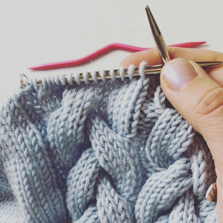 How Easy Knitting Cable