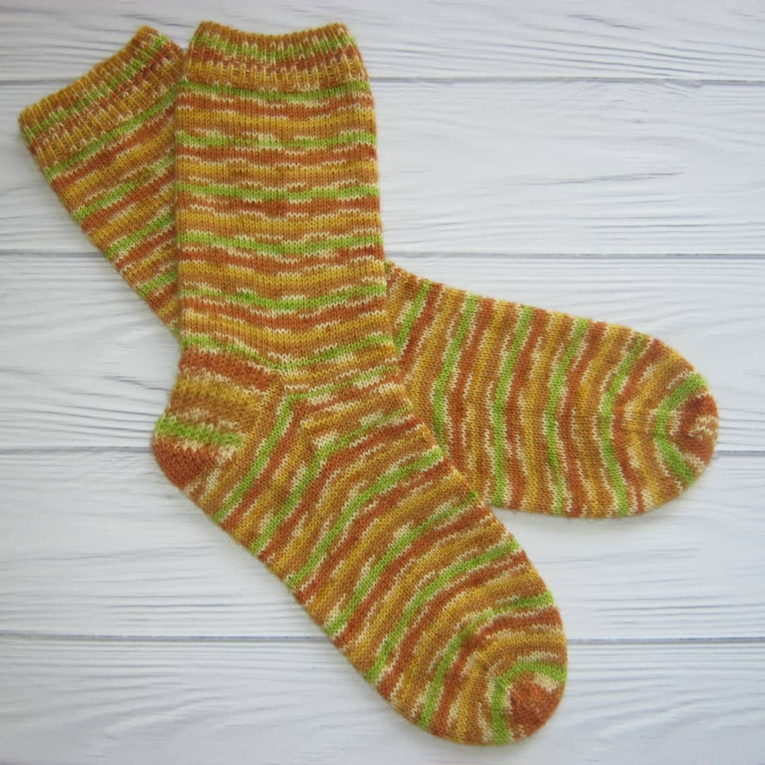 Knitting Socks Pattern