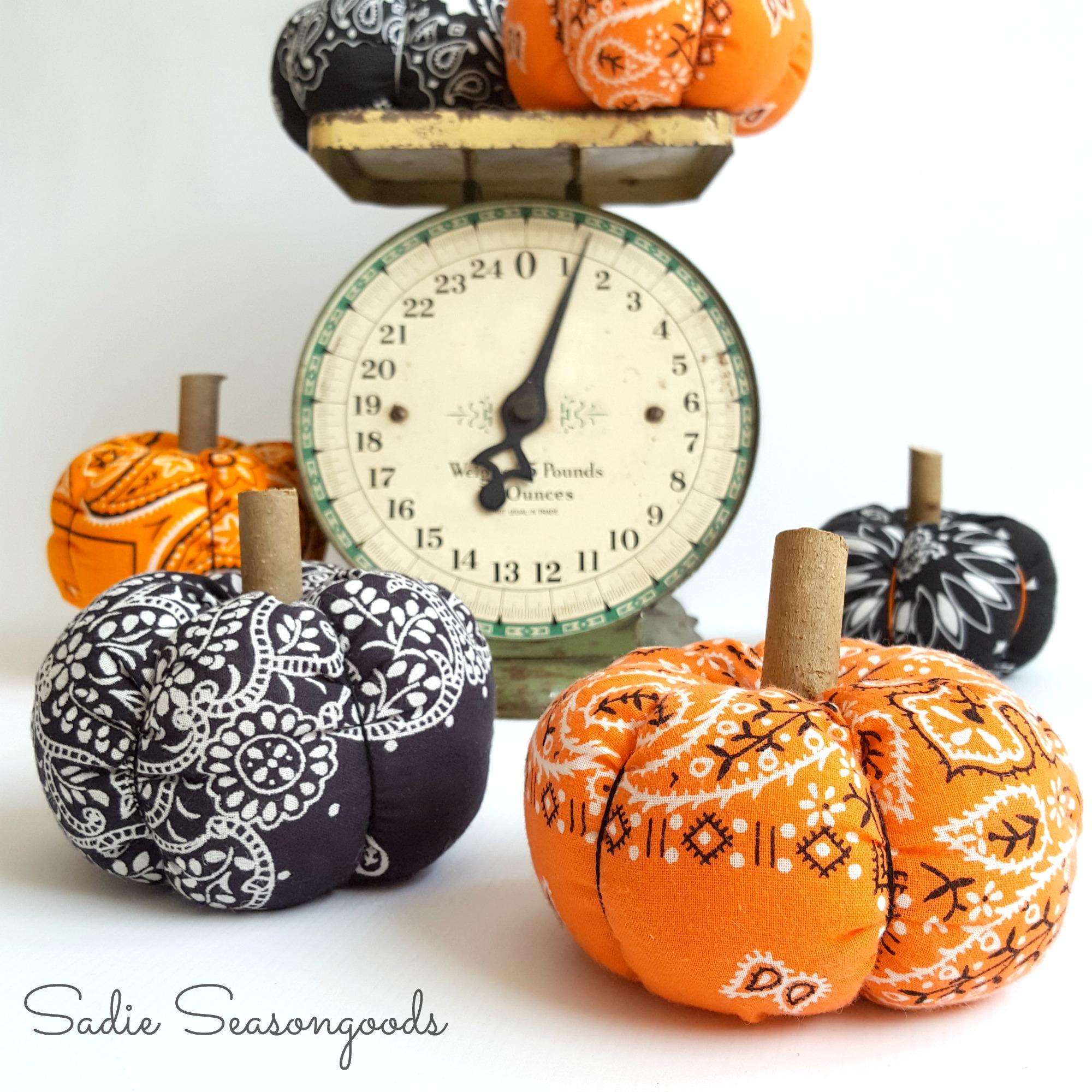 Halloween Bandana Pumpkins