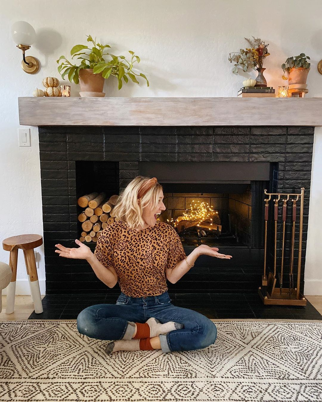 Those Who Can'T Light Fire, Use Twinkle Fireplacemakeover - Diy Home Decor