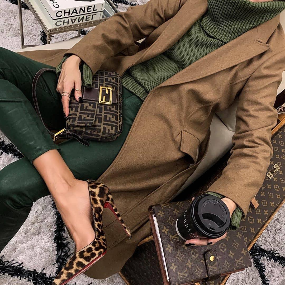 Fall Texture🍂 Lolariostyle Streetstyl Streetphotography - Womens Fashion