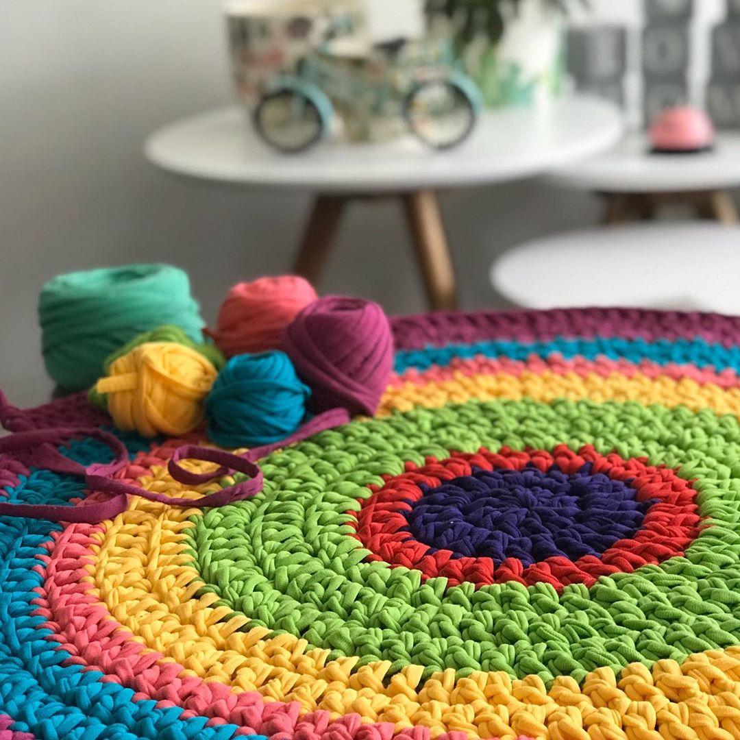 Colorida Alfombra De Trapillo, Nos Encan Trapillochile - Knitting