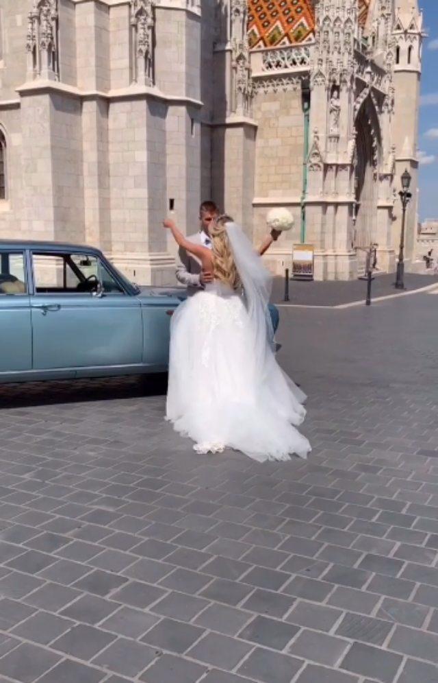 Wedding Mood 4Dresses - Weddings