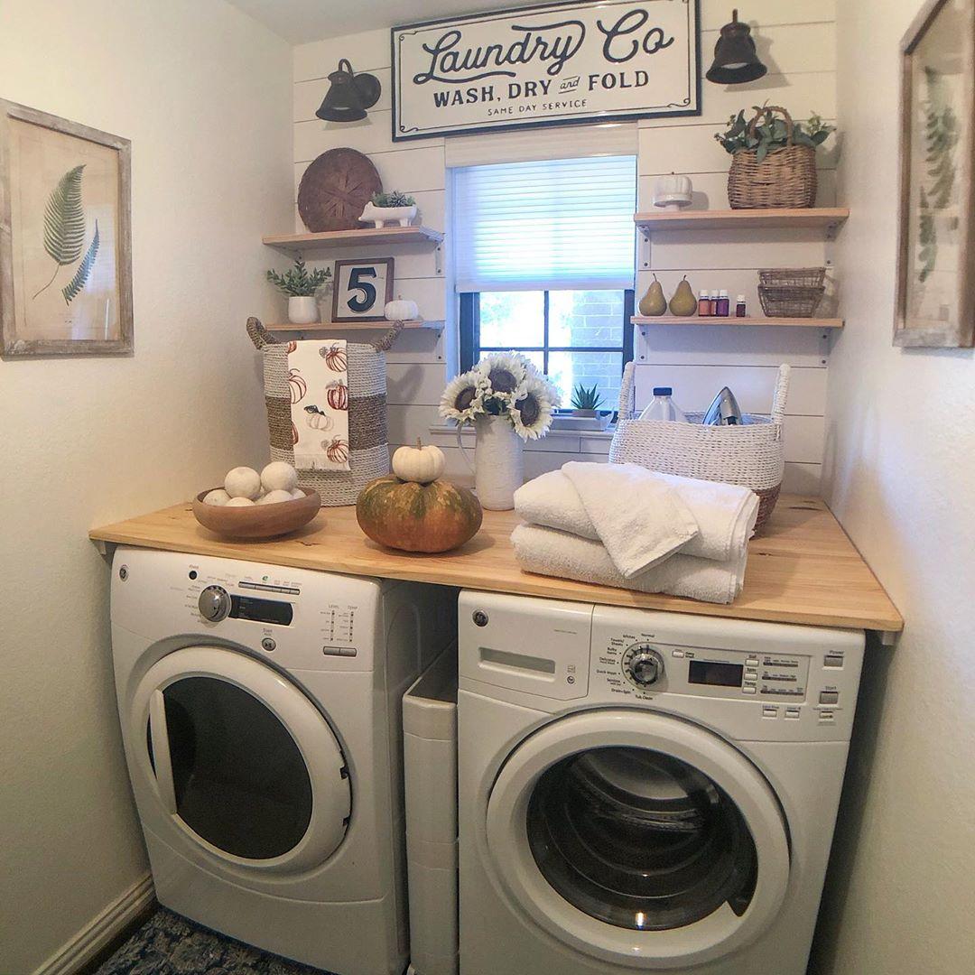 Happy Tuesday! Brrrr... It'S A Cold Morn Laundryday - Diy Home Decor