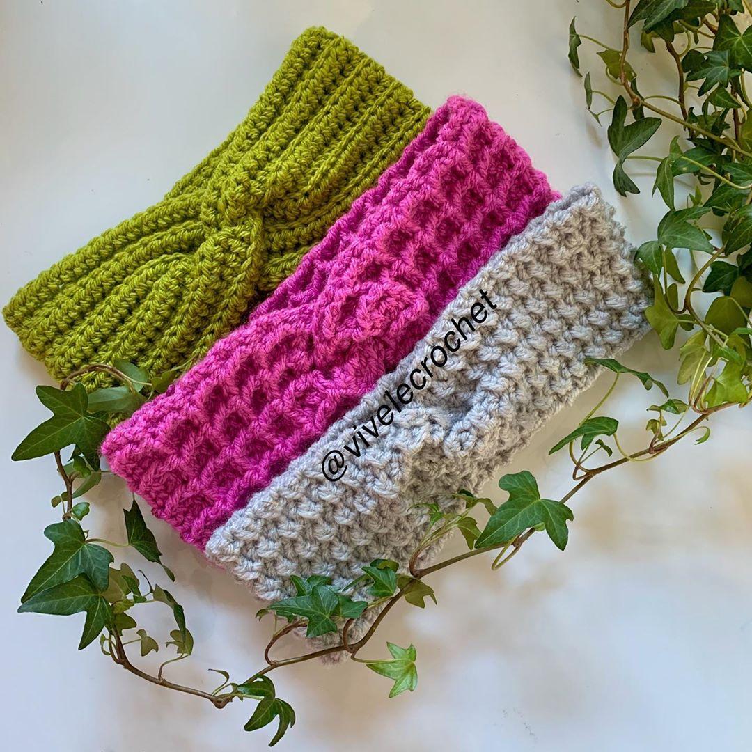 I'M Absolutely Loving Making These Twist Crochetearwarmer - Crochet Headband