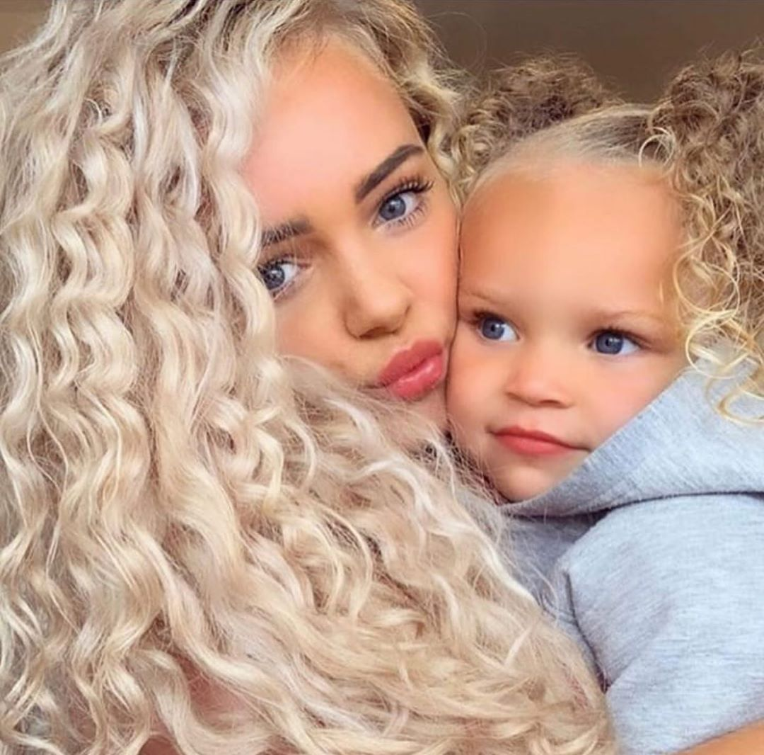 Awww Hair Goals😍😍😍 Sisi Royellex 🙈🥰 Blondehairstyles - Hairstyles For Girls