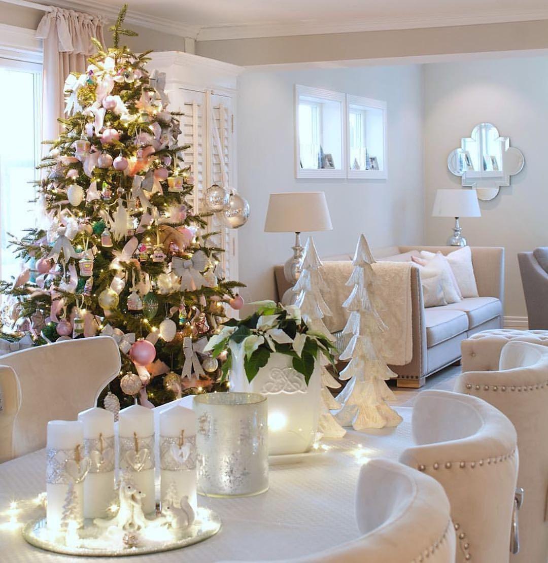 Interior & 📷 By: Elinmekraft . . Be Su Christmastime - Home Decor