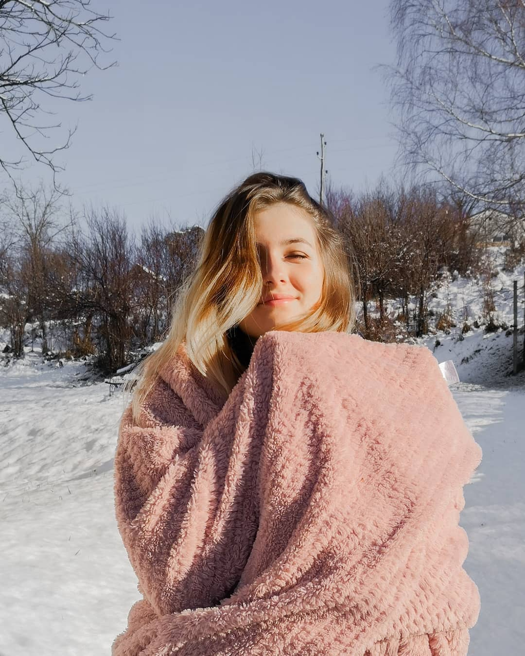 Yesterday We Finally Got Some Snooow And Decemberphotoaday - Chunky Blanket