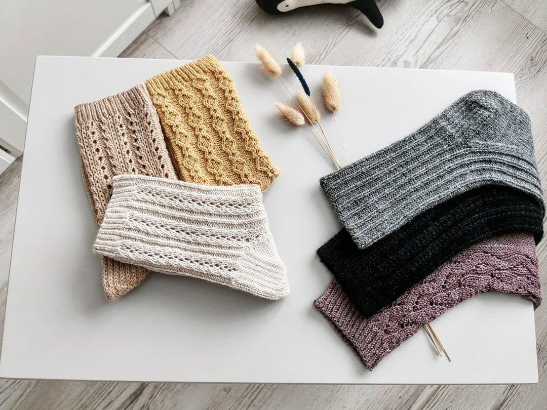 Милые Девочки 🌺 Мы Каждый День Украшае Sandnesgarn - Knitting Socks
