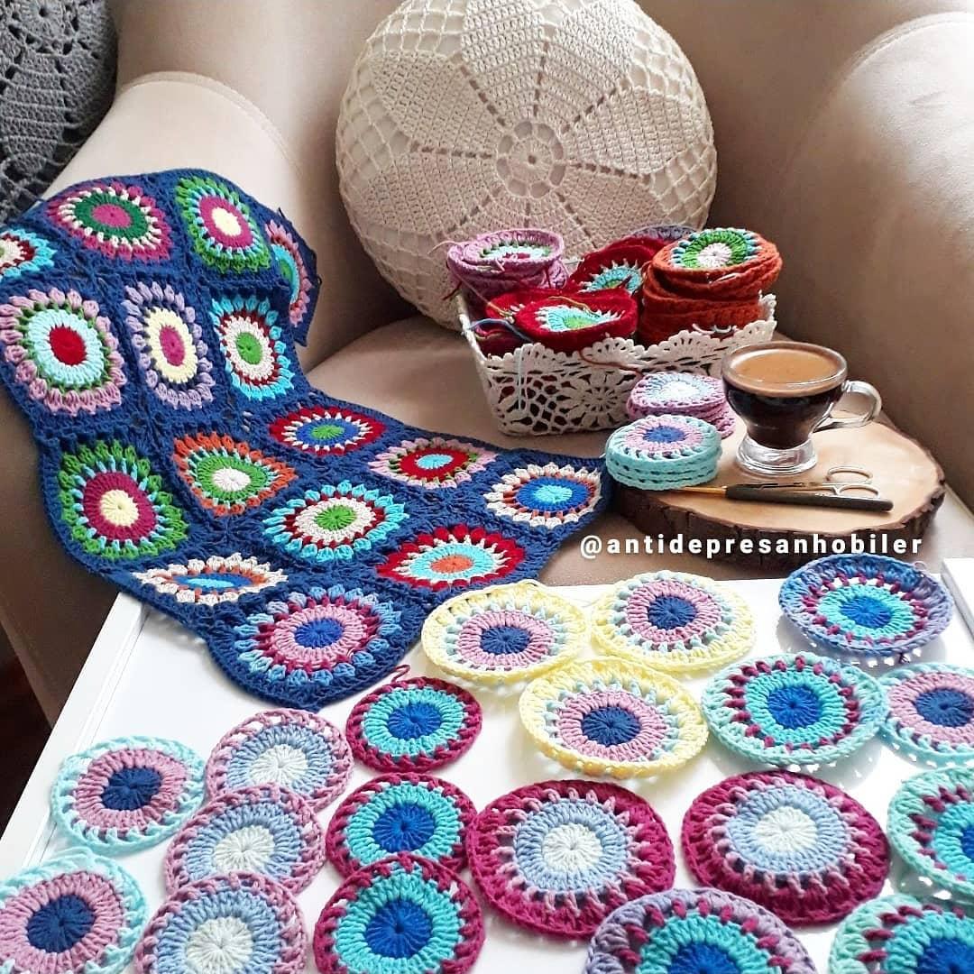 Tamda Geçen Yıl Bugün... 1 Yıl Önce Bugü Grannysquare - Crochet Cardigan