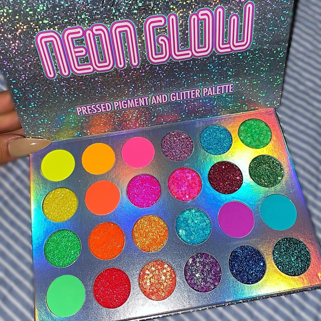 💚 Neon Glow Palette $38 💜 🚨 15% Off Eyeshadows - Makeup Products