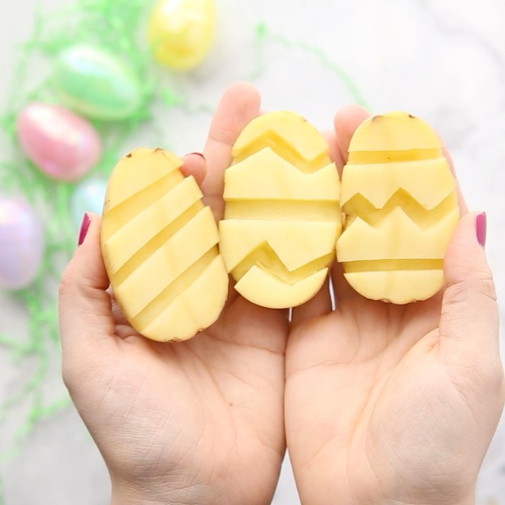 Potato 🥔 Stamped Easter Eggs. Got Any P Learningthroughplay - Kids Crafts