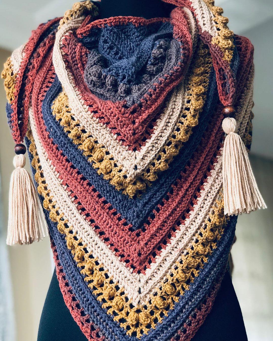 Günaydınlar😍 Mutlu Pazarlar💛 Bu Şalım Elişi - Crochet Shawl