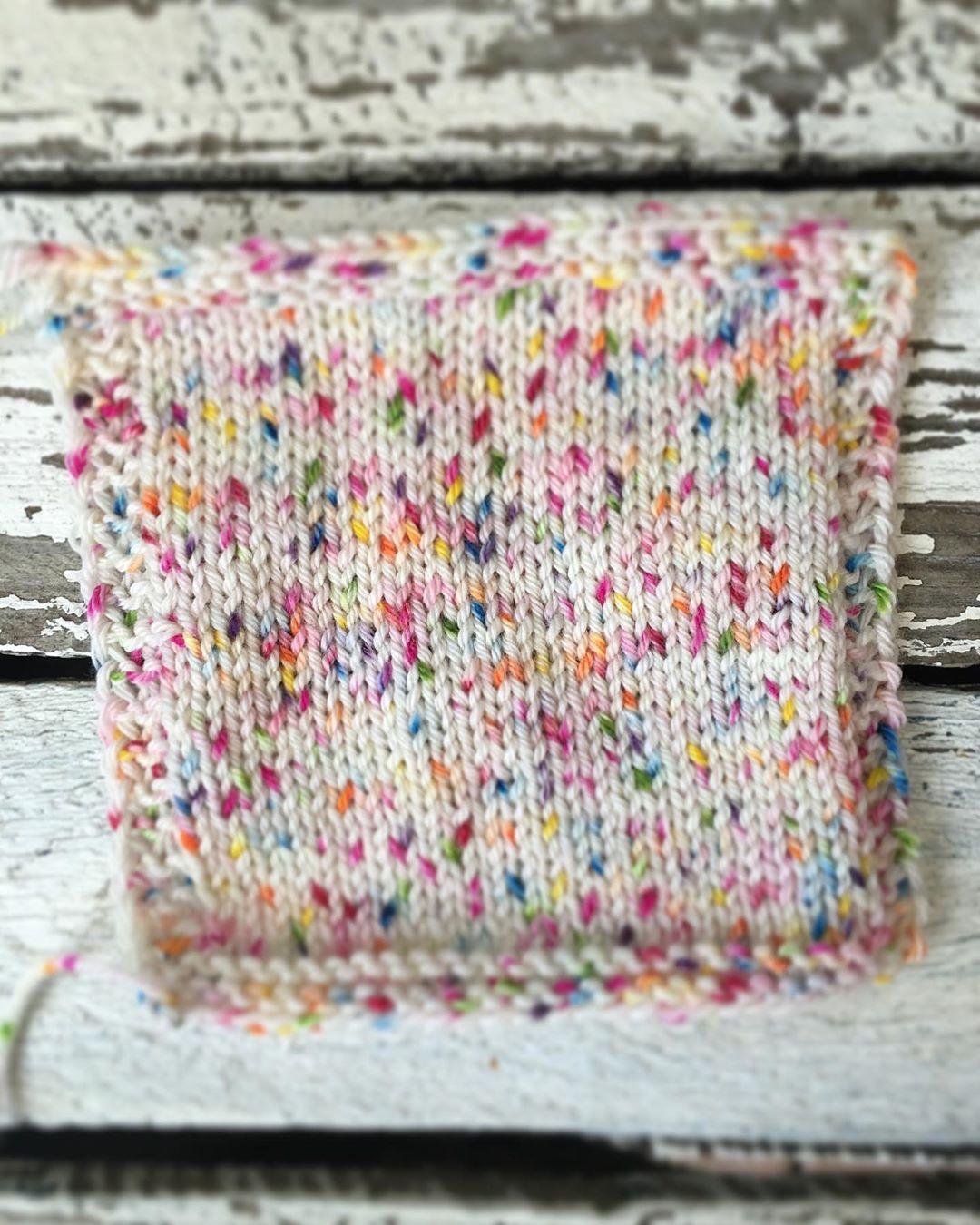 International Shipping Is Still Possible Strickenmachtglücklich - Knitting Socks