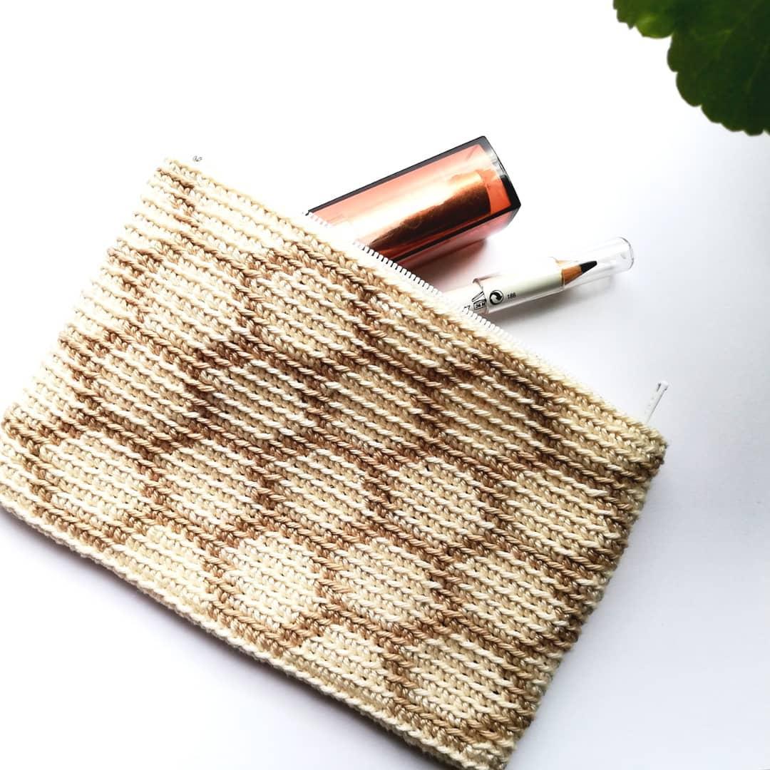 If You Like This Honey Pouch, You Can Fi Crochetgram - Crochet Tutorial