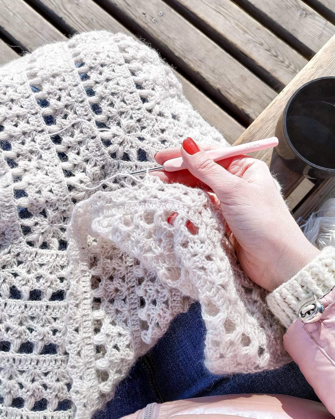 I Crocheted My First Shawl 🐭 It Is Very Crochetpattern - Crochet Shawl