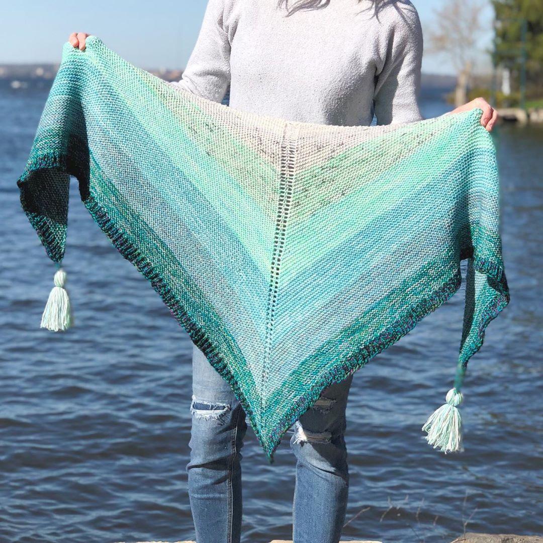 Today's Free Pattern! 🎉 My Melted Sea Shawlknitting - Shawl Knitting