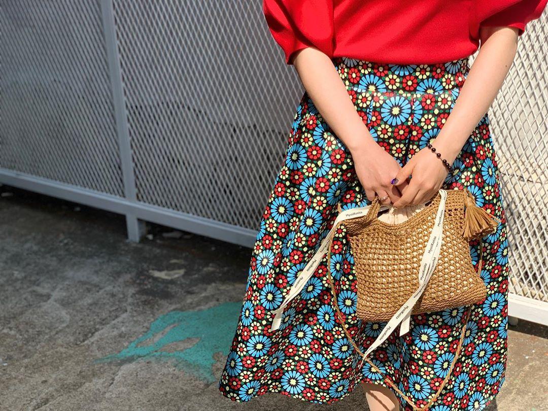 🌸 사회적거리두기 로 어디 못가고, 주차장에서 잠깐 광합성하는ㅡ🤍 미스티코티타 - Knitting Bag