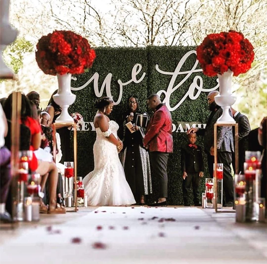 They Did! Congratulations! . . Floral, D Luxuryevents - Weddings