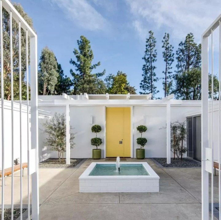 This Iconic Home In The Orange County Fo Midcenturyhome - Architecture
