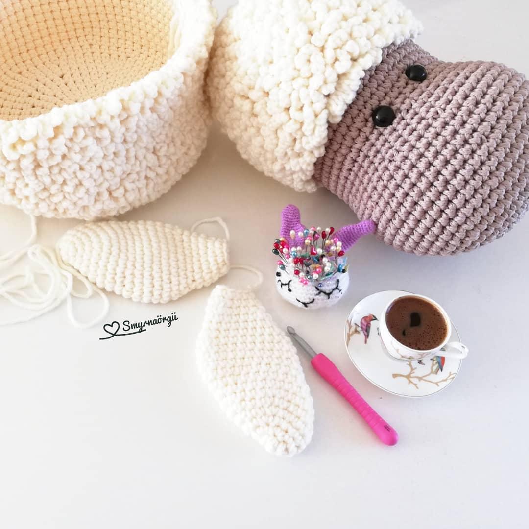 Melül Melül Bakan Gözlerini Severim Seni Covid 19 - Crochet Rug
