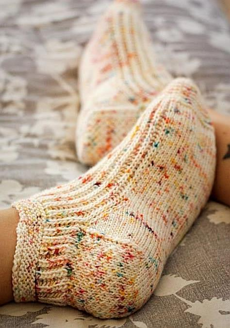 Calentito Knitting pattern by Kristen Jancuk