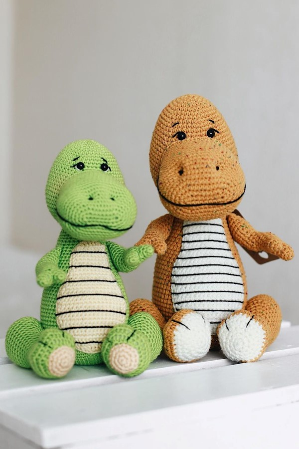 Помните этих ребят?🦖🧡······#амигуруми #вязанаяигрушка #вязаныеигрушки #крючком #игрушкикрючком #weamiguru #крючок #вязание #knit