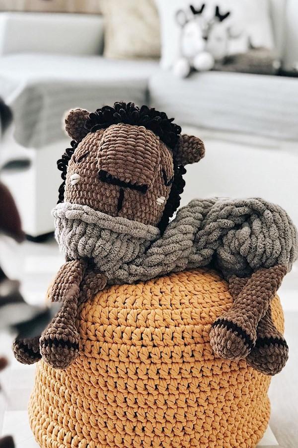 УХОД ЗА ИГРУШКАМИ 🌿 (Пуф от @_kukashop_ )Каждая заботливая мама задается вопросом чистоты вещей/игрушек своего малыша.А как же #п