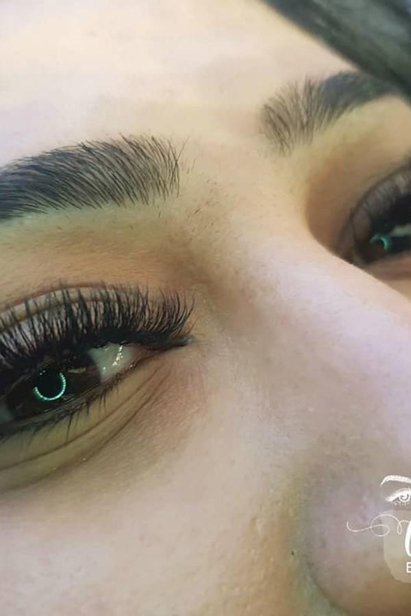 #Wimpernverlängerungberlin#Wimpernverlängerung #Wimpern #Volumen #volumenwimpern #Eyelashextensions #instablogger #Eyelashes #eyeb