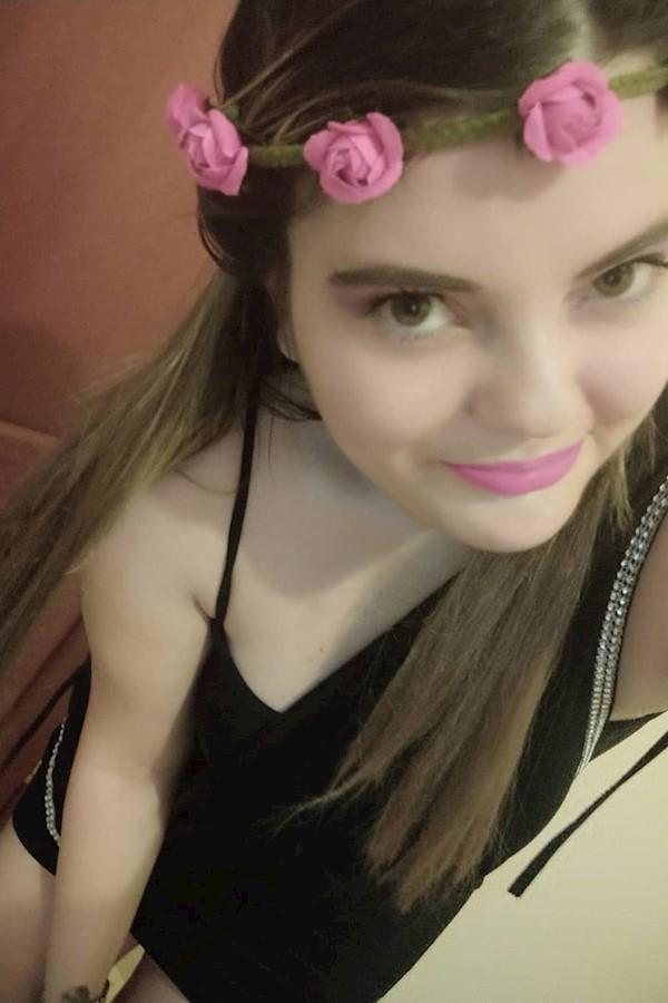 Ieri sera ho provato uno degli ombretti colorati che la mia amica @sara.gentile86 mi ha fatto gentilmente provare! 😍 Solitamente