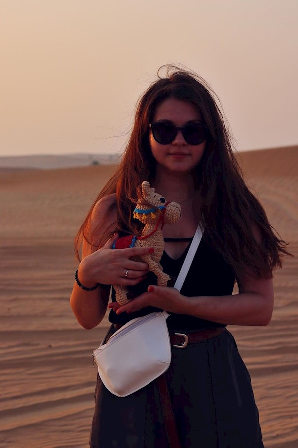 Греемся под жарким солнышком пустыни🏜⠀⠀⠀⠀⠀⠀⠀⠀⠀⠀⠀⠀⠀Ведь уже скоро в Киев делать мастер-класс по верблюдику и новые игрушки)⠀⠀⠀⠀⠀⠀⠀