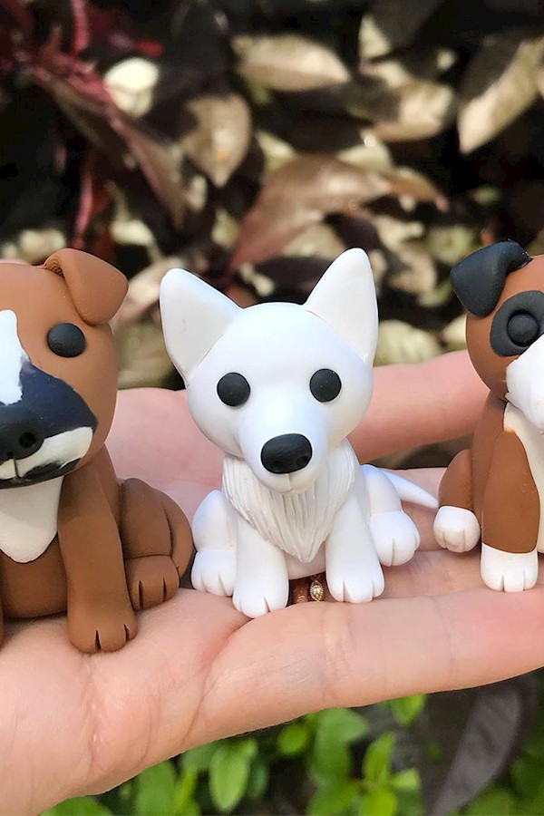 Dogs are probably my least favorite thing to make and lately I've gotten a lot of dog customs lol. It's difficult getting the feat