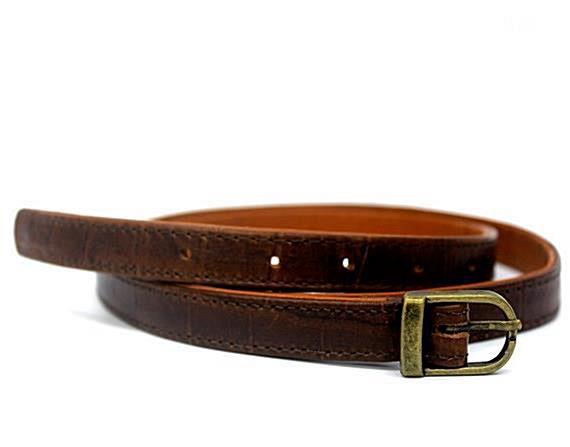 Brown Women Thin leather belt Women Skinny belt #accessories #belt @EtsyMktgTool #leatherbelt #beltinbrown #crocembossed #lowrideb