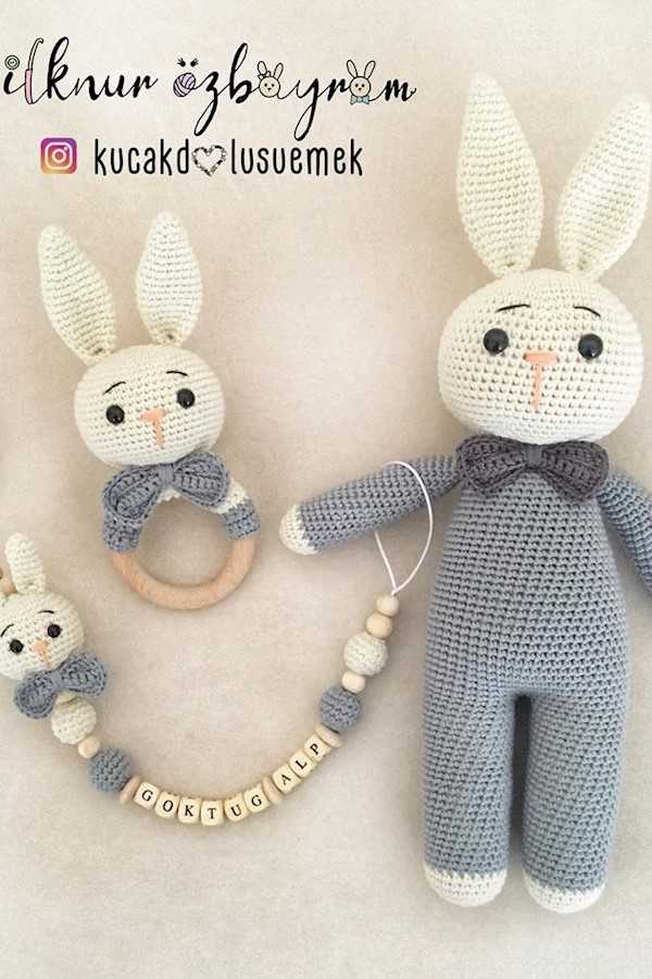 Amigurumi tavşan çıngırak emzik zinciri | Amigurumi modelleri, Tığ ... | 900x600