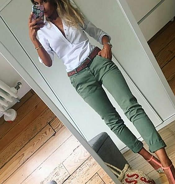 Amazing outfit with green and white colors that seems to look very attractive